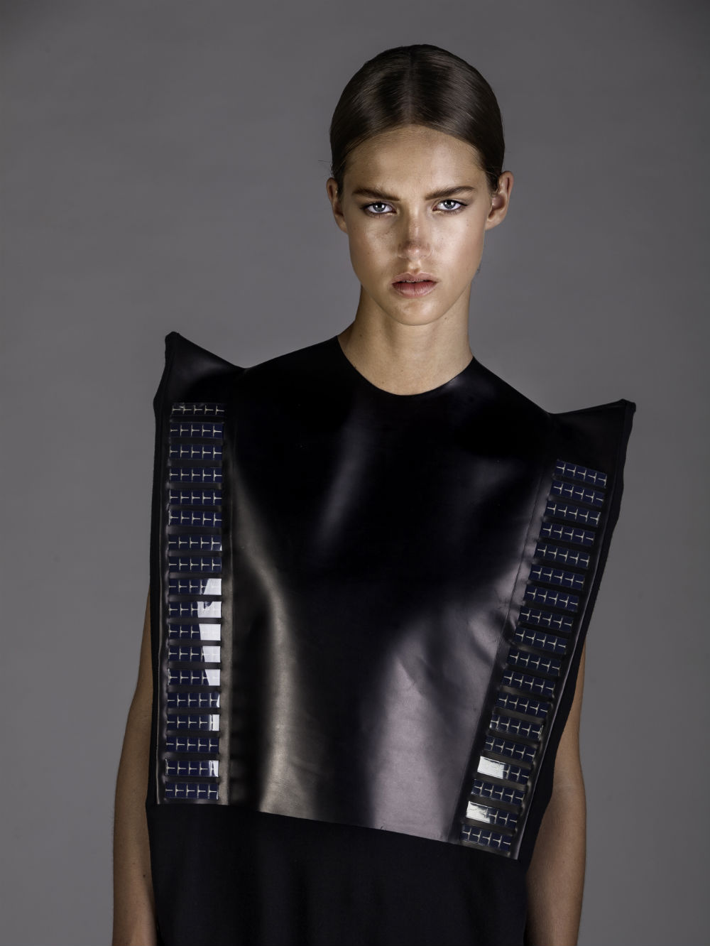 PaulineVanDongen_Wearable_Solar_4