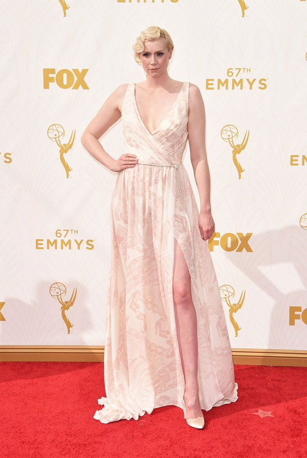 nemuna-gwendoline-christie-emmys-red-carpet-2015