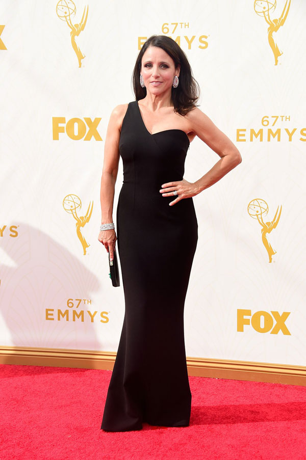 nemuna-julia-louis-dreyfus-emmys-red-carpet-2015